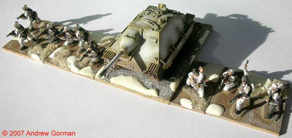 Infantry and (Fujimi) Jagdpanzer 38t Hetzer.